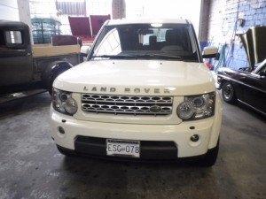 2010-Land-Rover-LR4